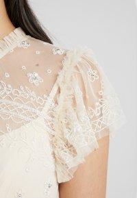 Needle & Thread - ANDROMEDA GOWN - Festklänning - champagne - 4
