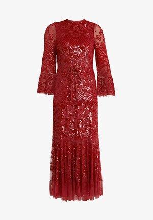 SNOWDROP GOWN - Společenské šaty - cherry red