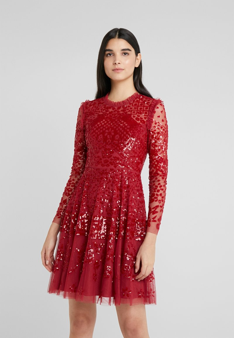 Needle & Thread - AURORA DRESS - Koktejlové šaty/ šaty na párty - cherry red