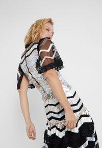 Needle & Thread - ALASKA GOWN - Společenské šaty - ballet black - 3