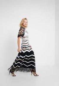 Needle & Thread - ALASKA GOWN - Společenské šaty - ballet black - 1