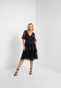 Needle & Thread - MIDSUMMER LACE DRESS - Cocktailkjole - ballet black - 1