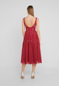Needle & Thread - SNOWFLAKE PROM DRESS - Cocktail dress / Party dress - cherry red - 2
