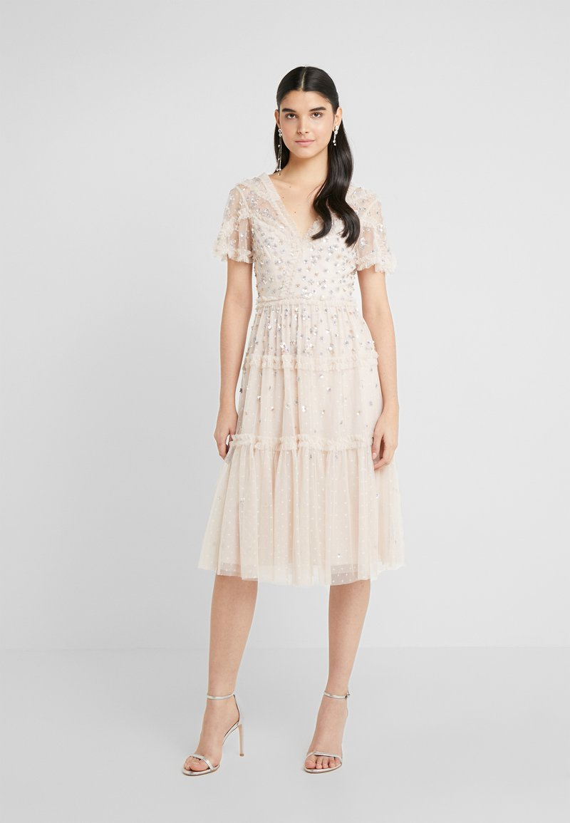 Needle & Thread - RUFFLE GLIMMER DRESS - Cocktailklänning - pearl rose