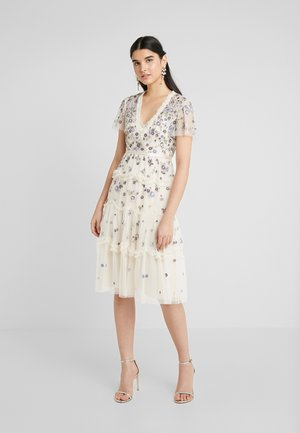 PRARIE FLORA DRESS - Kjole - champagne