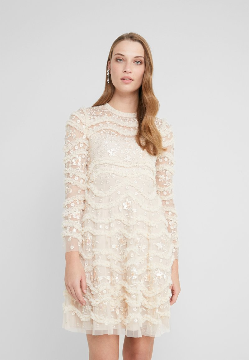 Needle & Thread - RUFFLE BLOOM DRESS - Cocktailjurk - pearl rose/champagne