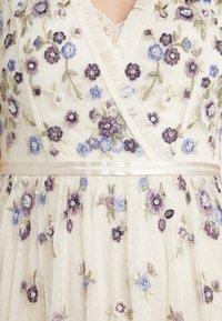 Needle & Thread - PRARIE FLORA GOWN - Festklänning - champagne - 6