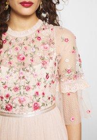 Needle & Thread - BUTTERFLY MEADOW BODICE MAXI DRESS - Ballkjole - pink - 5