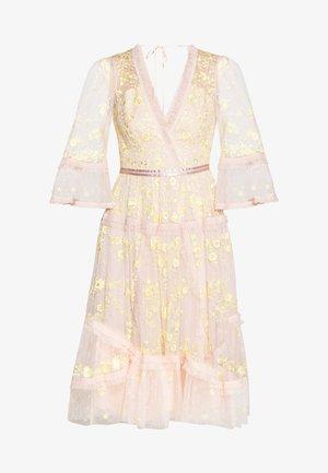 PENNYFLOWER DRESS - Vestido de cóctel - pink