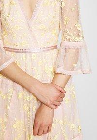 Needle & Thread - PENNYFLOWER DRESS - Cocktailkleid/festliches Kleid - pink - 4