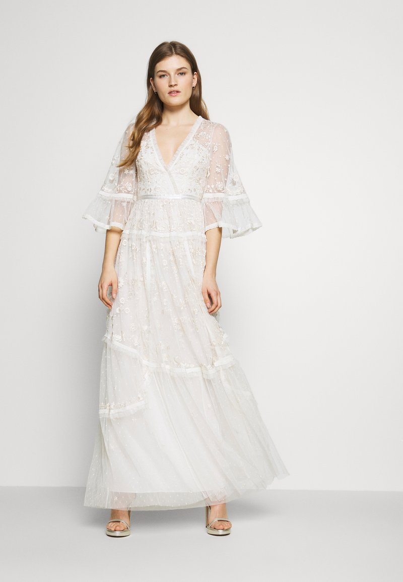 Needle & Thread - PENNYFLOWER GOWN - Occasion wear - white