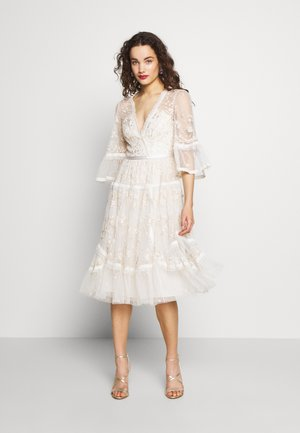 PENNYFLOWER DRESS - Cocktail dress / Party dress - white