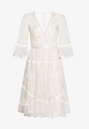 PENNYFLOWER DRESS - Vestido de cóctel - white