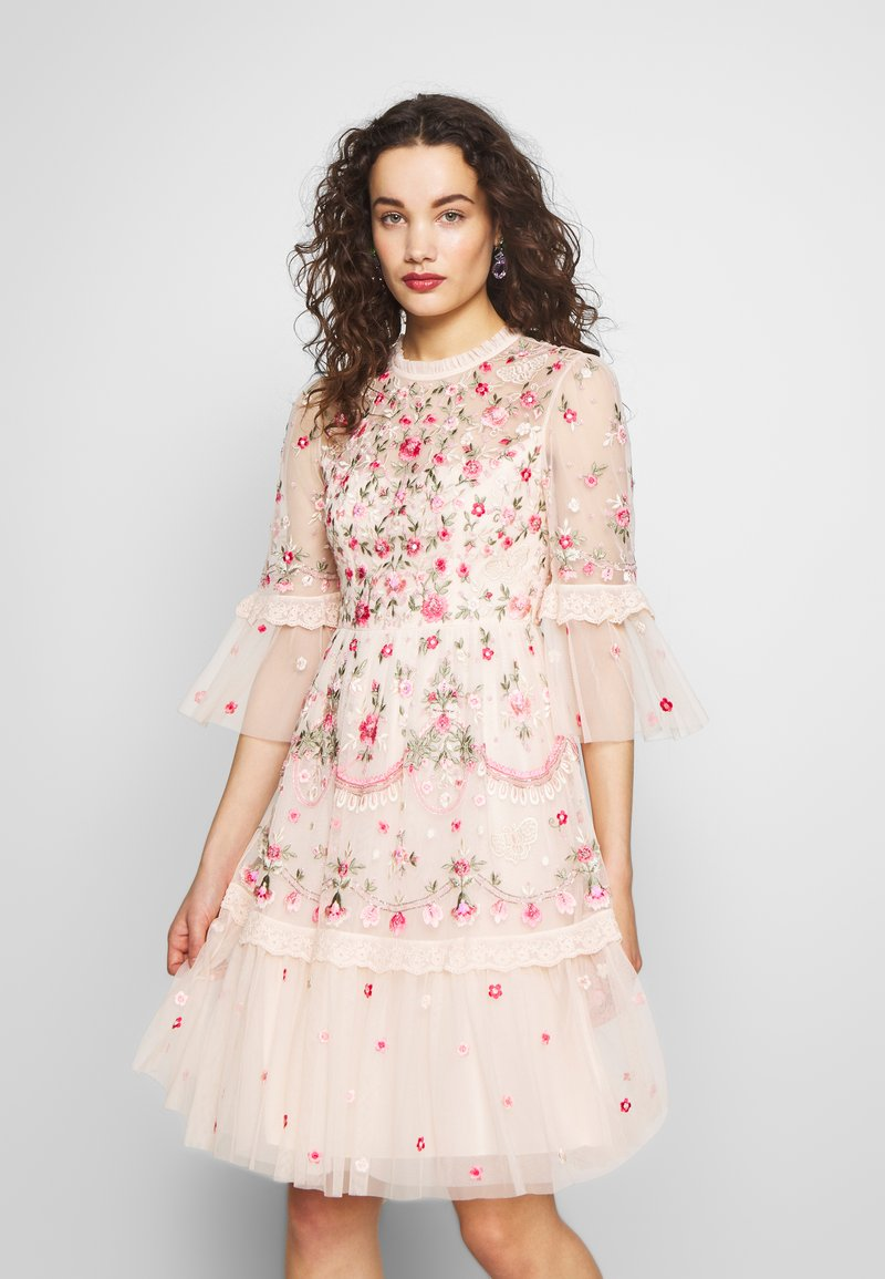 Needle & Thread - BUTTERFLY MEADOW DRESS - Cocktailklänning - meadow pink