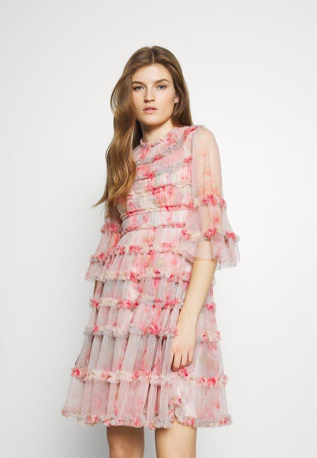 BELLEFLOWER DRESS - Cocktailklänning - pink