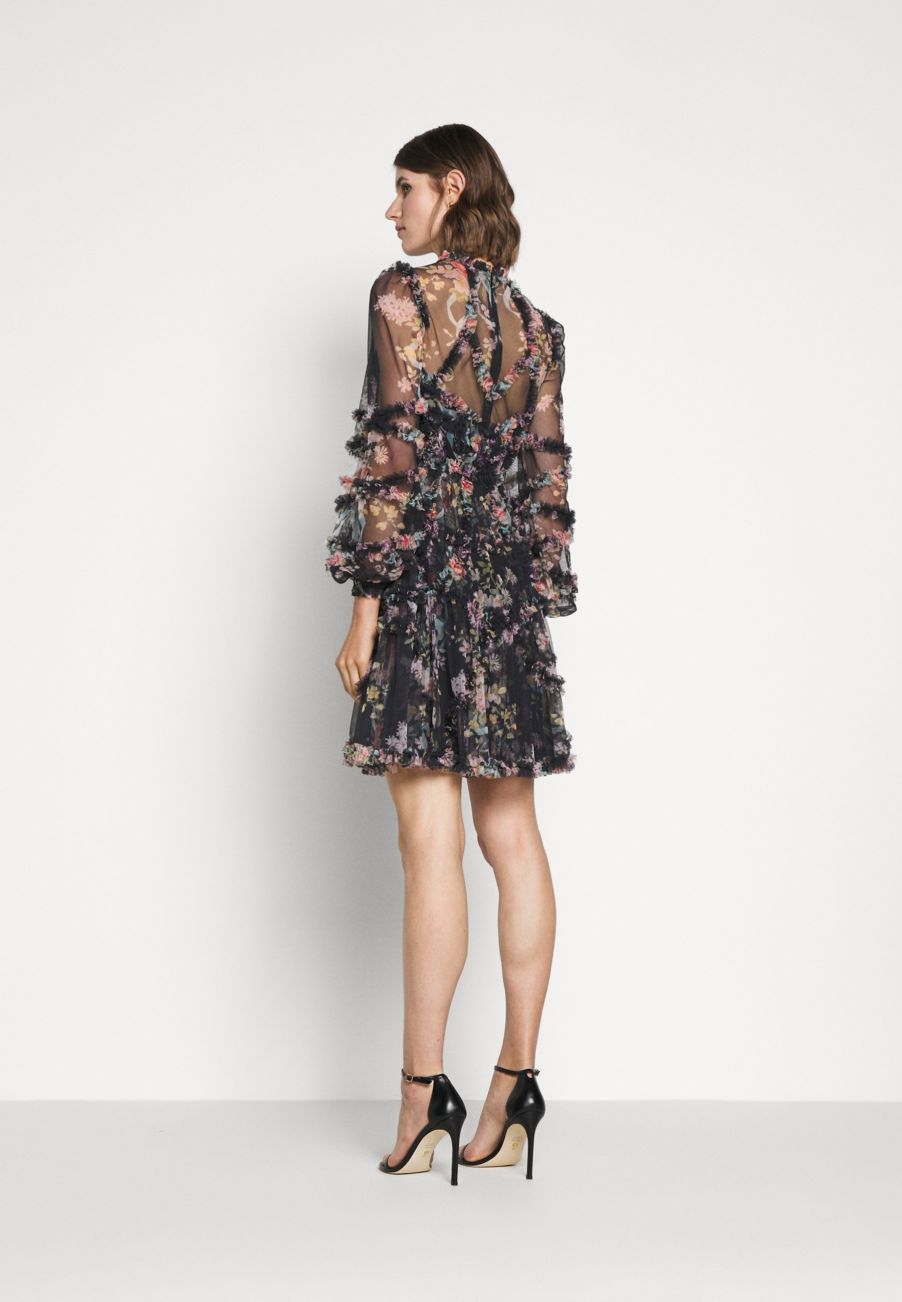 Needle & Thread Floral Diamond Ruffle Dress - Cocktailkjoler / Festkjoler Graphite