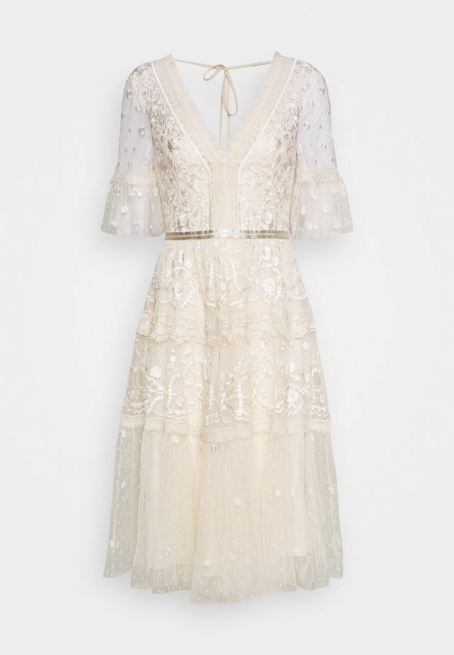MIDSUMMER DRESS EXCLUSIVE - Vestito elegante - champagne