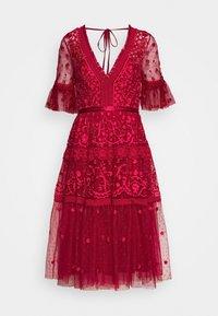 Needle & Thread - MIDSUMMER DRESS EXCLUSIVE - Vestito elegante - deep red - 1