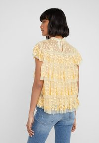 Needle & Thread - ANGELICA LACE TOP - Bluser - washed yellow - 2