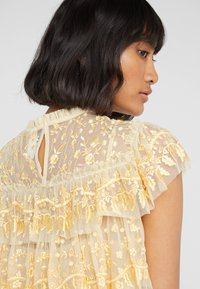 Needle & Thread - ANGELICA LACE TOP - Bluser - washed yellow - 3