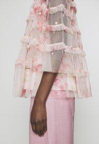 Needle & Thread - RUBY BLOOM - Blus - pink - 8