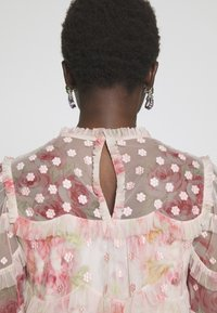 Needle & Thread - RUBY BLOOM - Blus - pink - 6