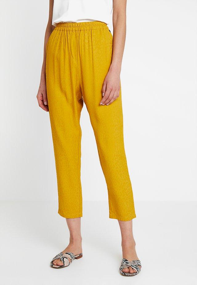 NEW GREENO - Pantaloni - tawny