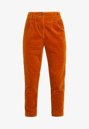 MEGHAN PANTS - Kalhoty - sudan brown
