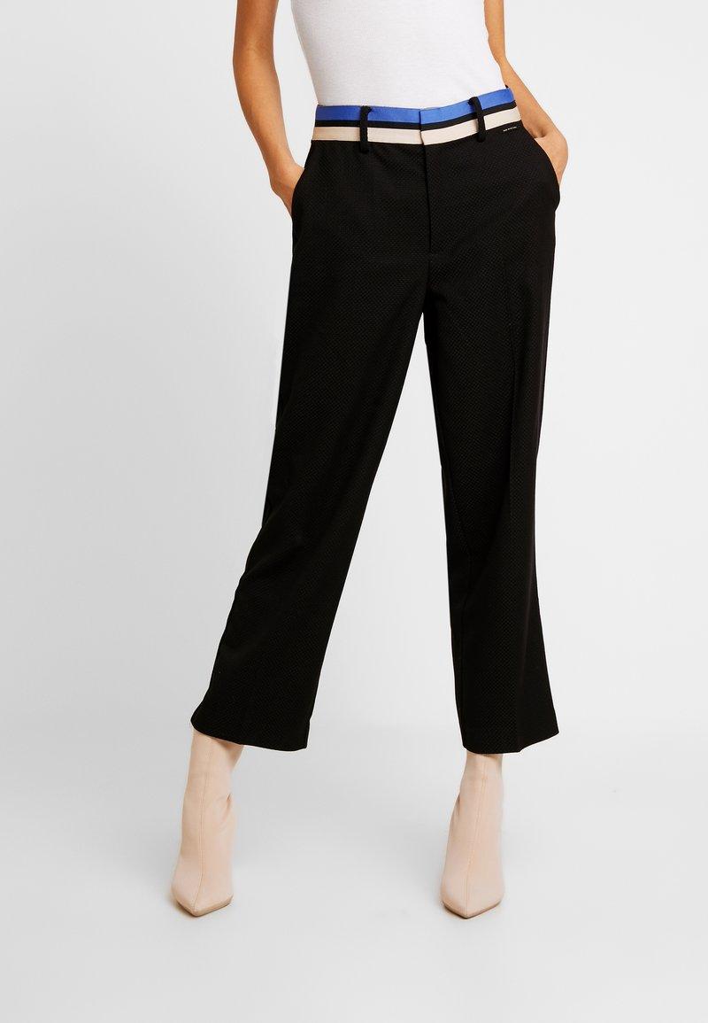 Nümph - NUMANDOLIN PANTS - Kalhoty - caviar