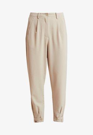 NUMELISANDE PANTS - Kalhoty - humus