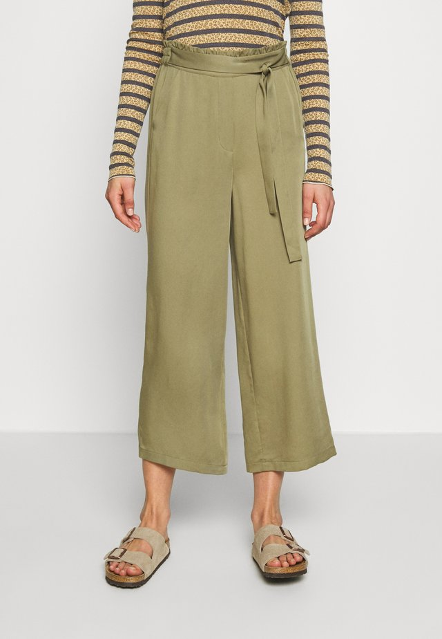 NUARALUEN PANTS - Trousers - khaki