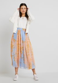 Nümph - MANETTE SKIRT - Maxikjol - peach - 1
