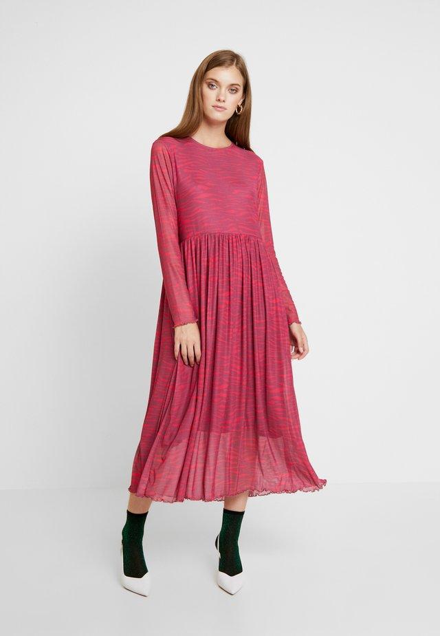 LUISIANNA DRESS - Day dress - rose wine