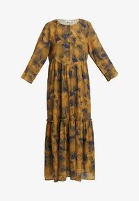 Nümph - LEIGHTON DRESS - Skjortekjole - autumn blaze - 5