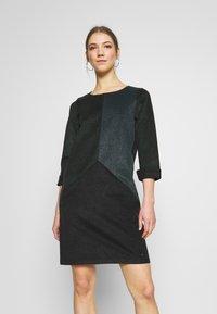 Nümph - NUKWANO DRESS - Denní šaty - ponderosa - 0