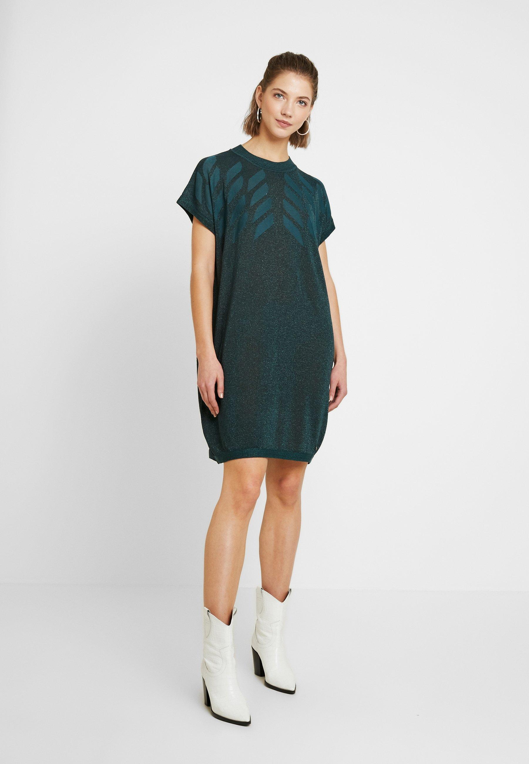 Nümph NUROSEVILLE DRESS - Stickad klänning - atlantic deep
