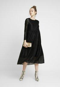 Nümph - NUMUIREANN DRESS - Cocktail dress / Party dress - caviar - 2