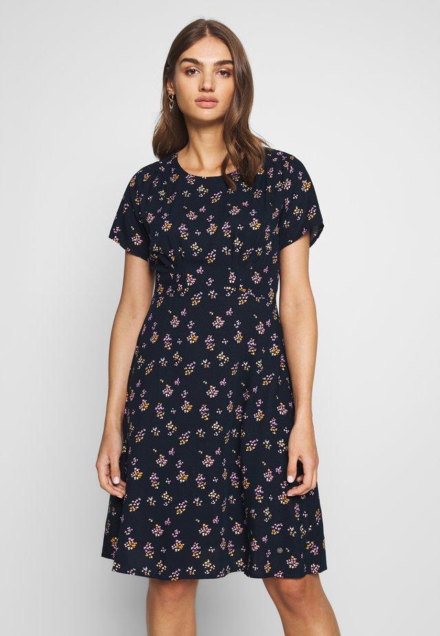 NUANOMA DRESS - Sukienka letnia - sapphire