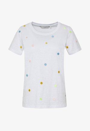 NUALBINIA  - T-shirts med print - off-white/multi-coloured