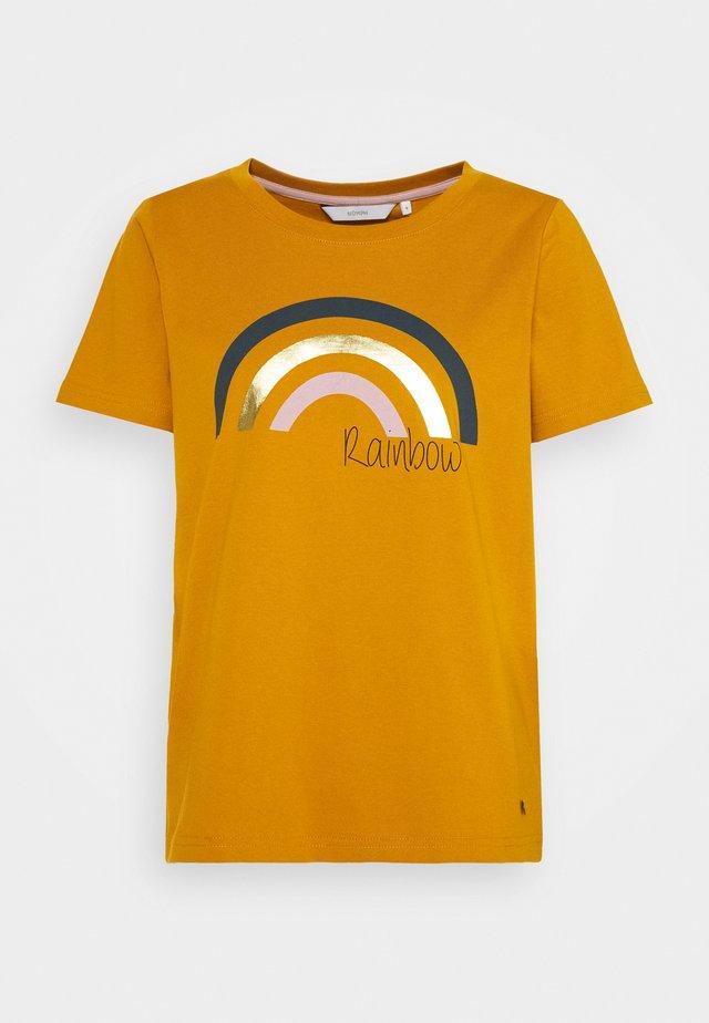 NUBRYCE - T-shirts med print - buck brown