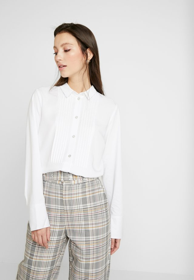 NALEDI  - Button-down blouse - bruight white