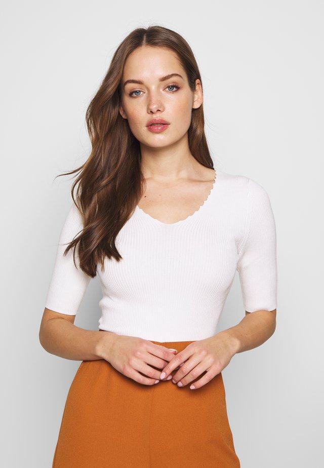NUAYELET - T-shirt imprimé - pristine