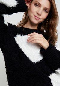 Nudie Jeans - HAMPUS - Sweter - black - 3