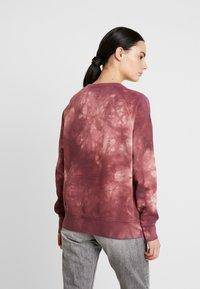Nudie Jeans - MELVIN - Sweatshirt - bordeaux/light pink - 2
