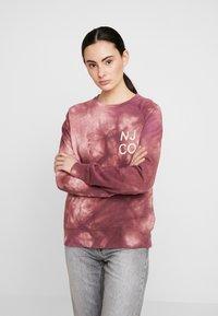 Nudie Jeans - MELVIN - Sweatshirt - bordeaux/light pink - 0
