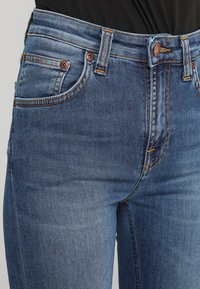 Nudie Jeans - HIGHTOP TILDE - Jeansy Skinny Fit - blue stellar - 3