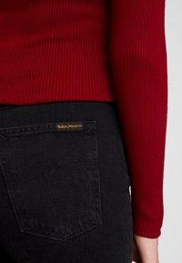 Nudie Jeans - BREEZY BRITT - Relaxed fit -farkut - black worn - 6
