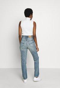 Nudie Jeans - BREEZY BRITT - Straight leg -farkut - springtime - 2