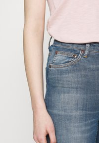 Nudie Jeans - HIGHTOP TILDE - Skinny džíny - blue denim - 3