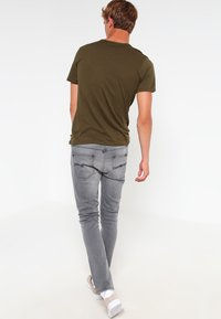 Nudie Jeans - LEAN DEAN - Slim fit -farkut - pine grey - 2